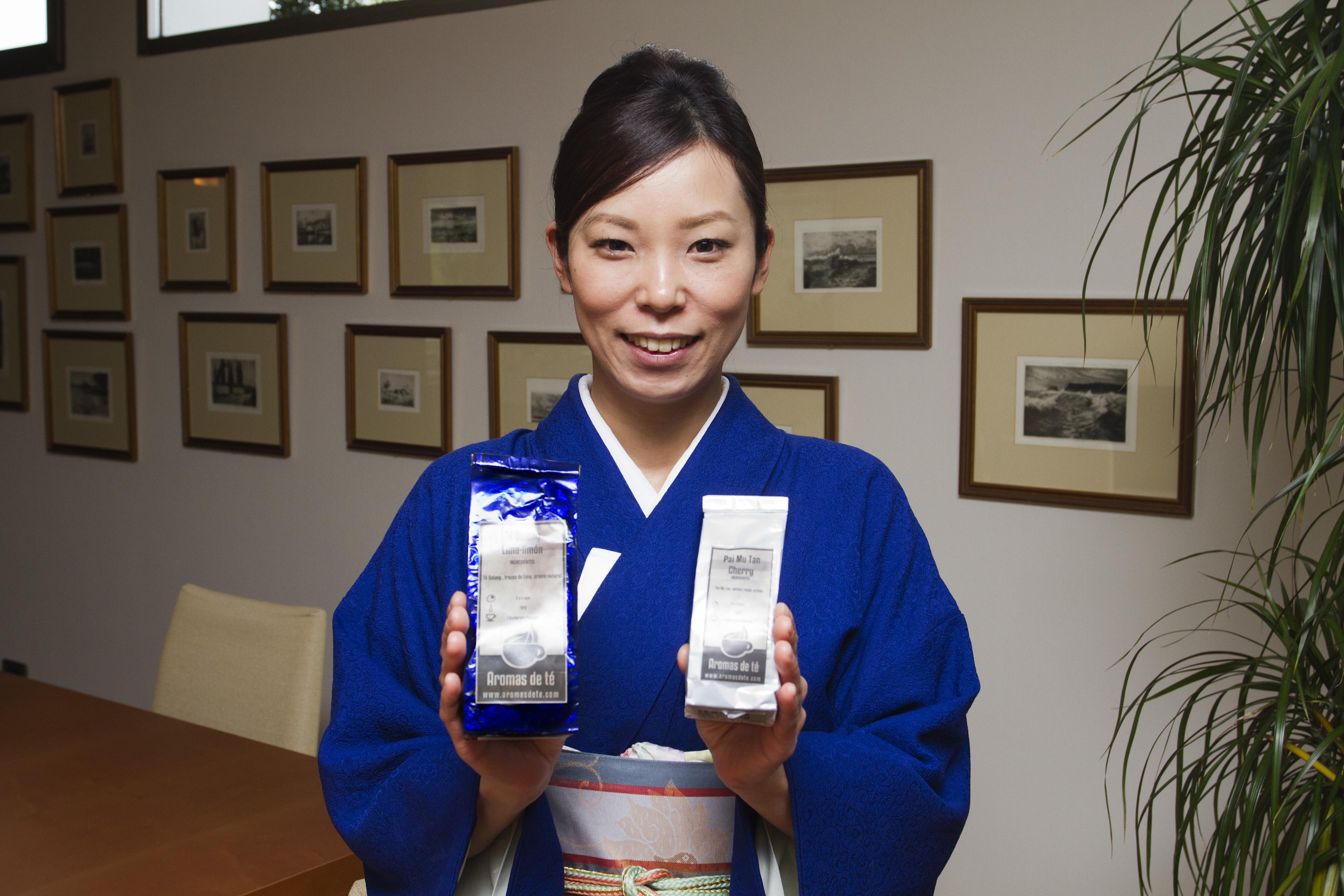 Aromas de Té invitado especial a la ceremonia del té de la chef japonesa, Yui Ishizuka