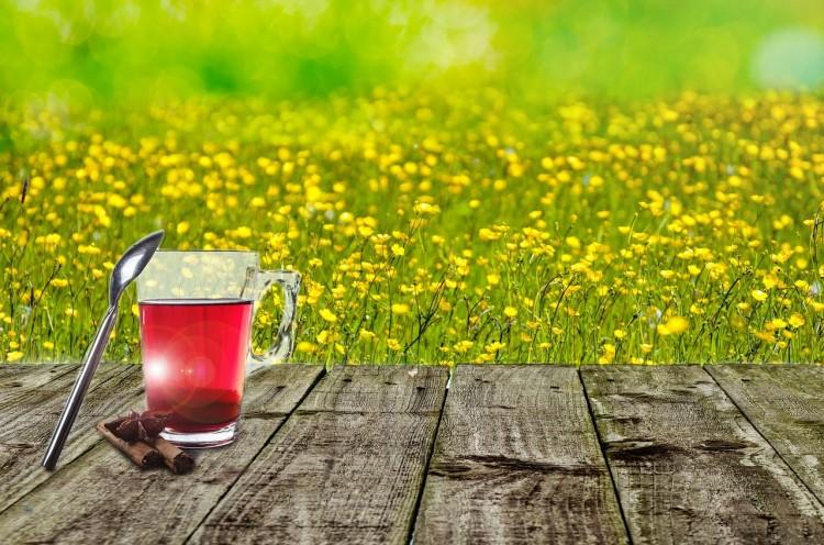 Il célèbre l'arrivée du printemps avec des arômes de thé,