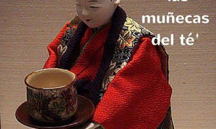 Karakuri: muñecas mecánicas para servir el té