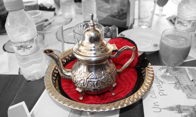 Cómo tomar el té en cinco países diferentes