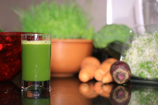 Smoothies con té, bebida refrescante y saludable